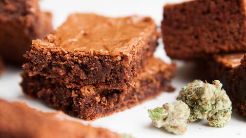 Brownies aux fleurs de chanvre pour soulager le stress