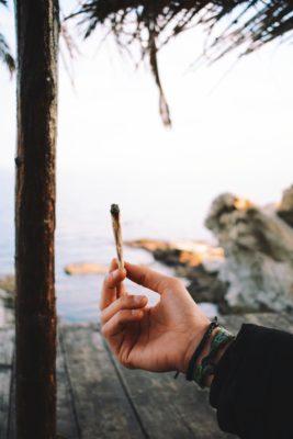 smoking hemp RI